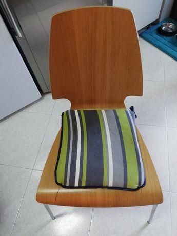 3 cadeiras de mesa