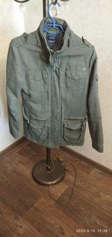 Женская демисезонная куртка в стиле милитари