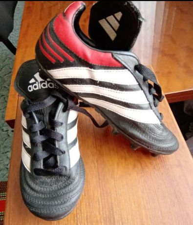 Фирменная спортивная обувка