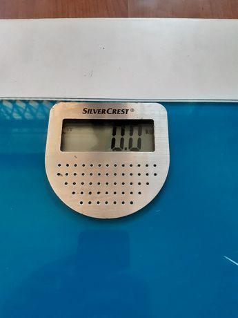 Balança SilverCrest, também diz o peso por audio