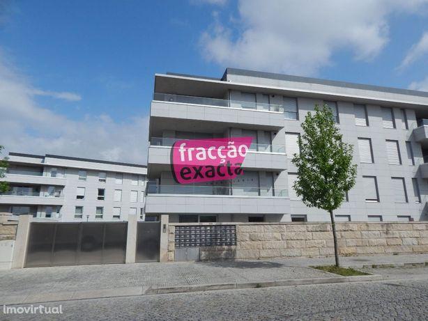 T2 condomínio Fechado-Hospital São João