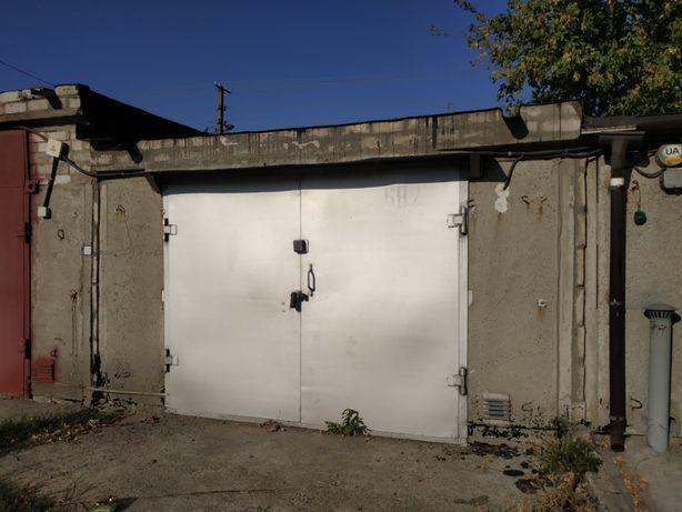 Продам гараж Ж/Б кооп Молодежный 6*4м Двухуровневый