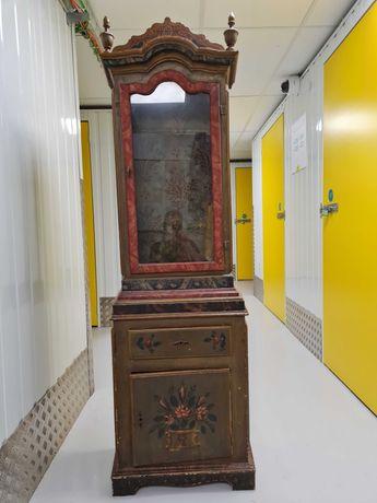 Oratório antigo pintado à mão