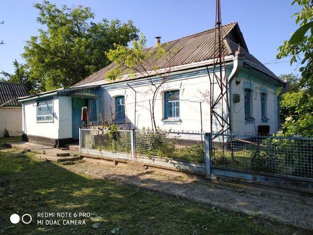 Будинок, Маньківський район, с.Кищенці (газ, вода)