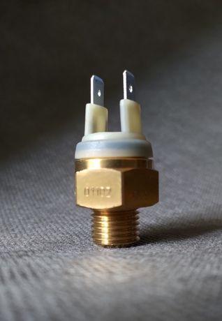 Czujnik temperatury włącznik wentylatora KTM
