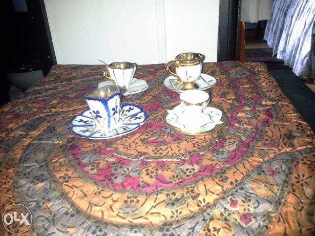 Vendo conjunto de Mini - Chávenas de decoração