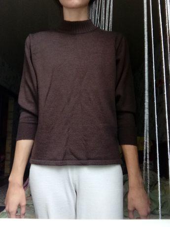 Женский свитер осенне-весенний