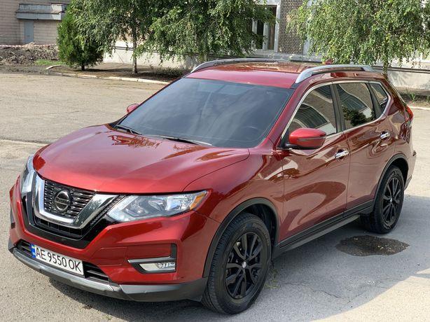 Продам Nissan Rogue 2018 sv