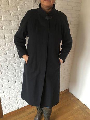 Шерстяное немецкое пальто премиум класса производства Германии