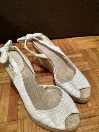 Sandálias de cunha Oysho 37