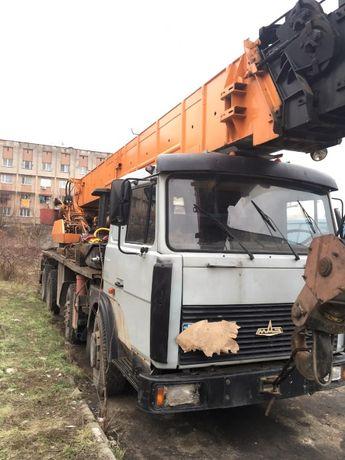 Продам автокран МАЗ-6923, грузоподъемность 50 тонн, стрела 34.5 м 1993
