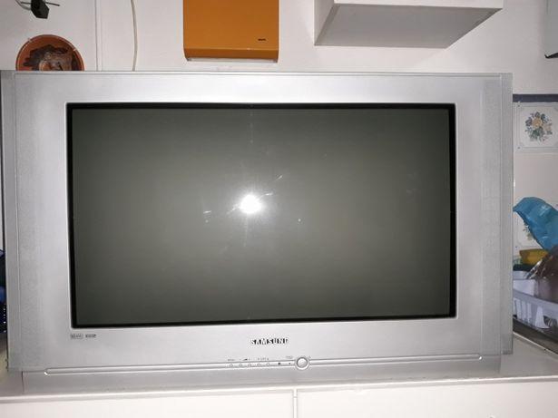 Vendo Tv Samsung WS-32M066V em excelente estado e a funcionar.