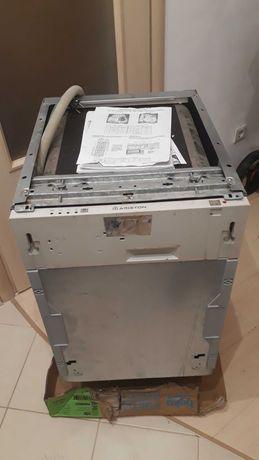 Продается встраиваемая посудомоечная машина Ariston li420
