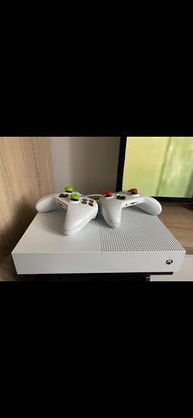XBOX ONE S stan idealny FIFA 21