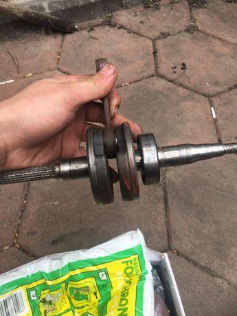 Продам части от двигателя ямаха 3kj