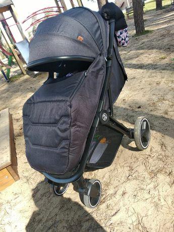 Детская коляска BabyZz B100 ( Бебизз Б-100 ) Прогулочная демисезонная