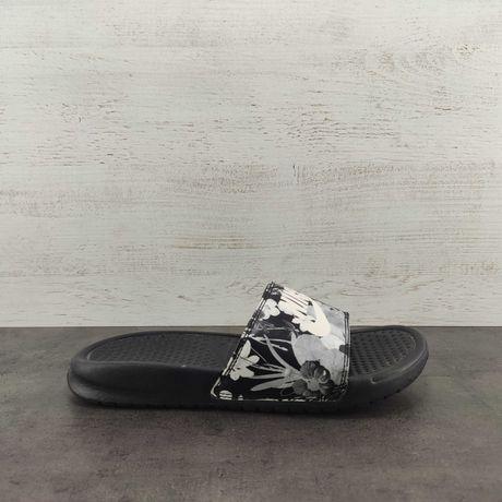 Тапочки Nike. Размер 36.5