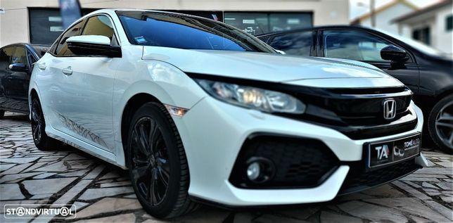 Honda Civic 1.0 i-VTEC Elegance Navi