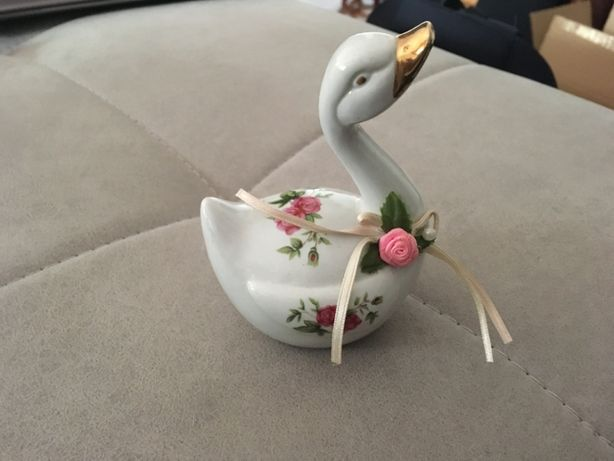 Pato decorativo em loiça