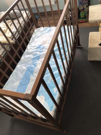 Кроватка детская деревянная + новый кокосовый матрас