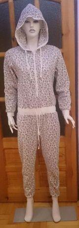 ONESIE kombinezon piżama M/L PANTERKA ściągacz