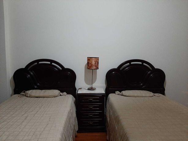 Mobília de quarto para 2 crianças