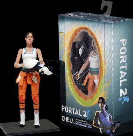 CHELL WITH LIGHT-UP Figurka 18 cm z gry PORTAL 2