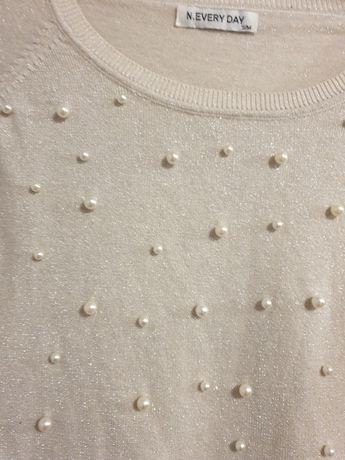 Sweterek cienki z butiku