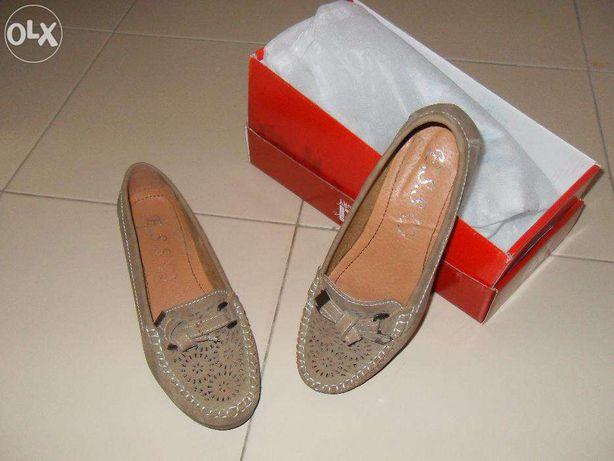 Sapatos de senhora de verão