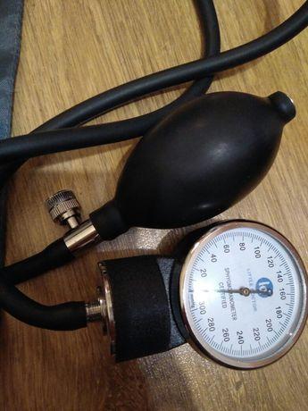 Тонометр (апарат для вимірювання тиску)