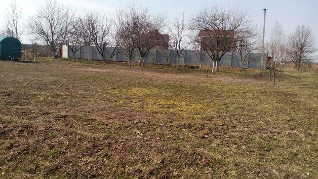 Продам садово-огородну ділянку 0,9 га ст. Півні, фастівського р-ну