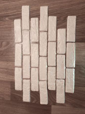 Декоративная гипсовая белая плитка