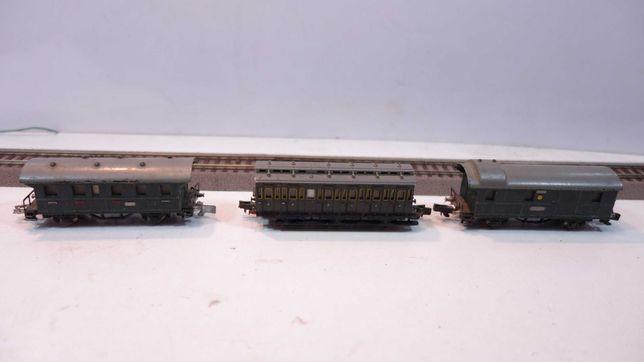 Zestaw 3 wagony pasażerski i bagażowy Rokal skala TT  //6tt