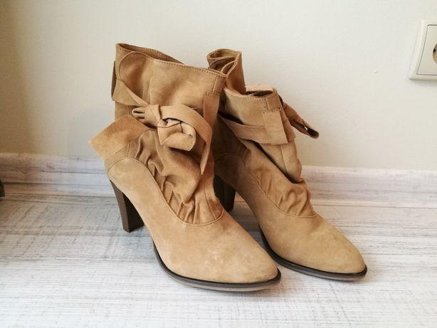 Buty botki zamszowe rozmiar 38