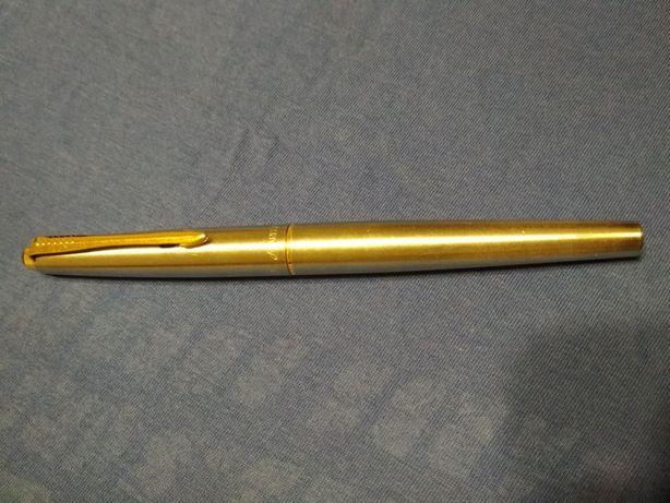 Перьевая ручка Parker 45