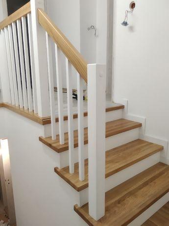 Schody drewniane , balustrady , parapet ,
