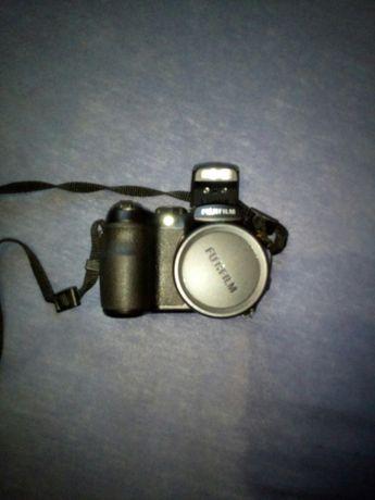 Aparat cyfrowy Fujifilm finepix S1000 fd