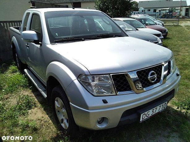 Nissan Navara  Nissan Navara 2,5 Dci King Cab 4wd 170 Km 2