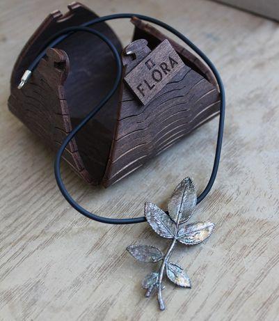 Кулон роза в серебре Flora