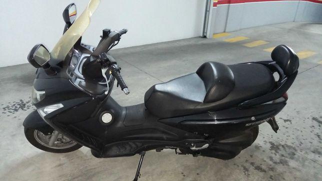 Sym GTS 300I scooter