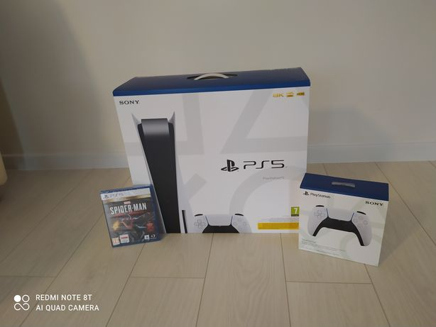 Playstation 5 z napędem, nowa, dwa pady, gra Spider-Man