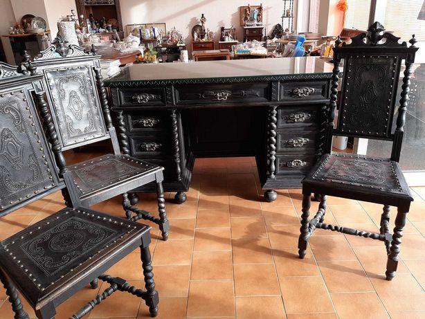Conjunto muito antigo Secretária e 3 Cadeiras, em madeira de castanho.