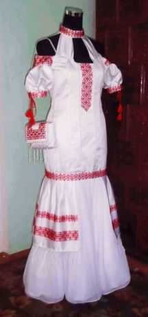 Весільна сукня з вишивкою бісером в українському етностилі (№1)