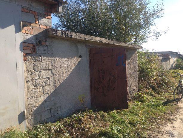Продам гараж г. Новоград-Волынский