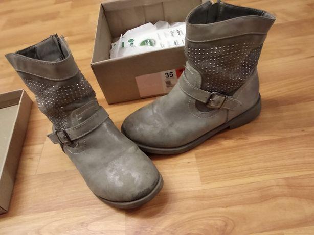 Oddam buty zimowe rozmiar 35