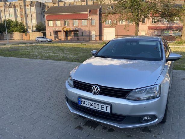 Volkswagen Jetta 1.6 tdi 2013