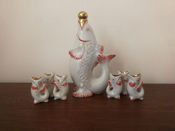 Oryginalny porcelanowy zestaw karawka kieliszki ryba wysyłka kurierem