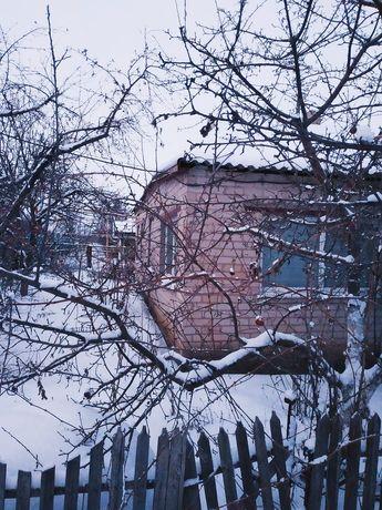 Продам  дом село Искровка недалеко от Кривого Рога и Жёлтых Вод
