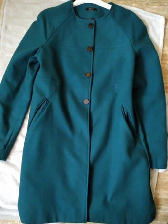 Płaszcz wiosenny zielony malachit bez kołnierza