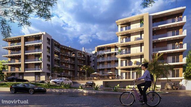 Terreno com 11.000 m2 com projeto aprovado para 69 fogos, Castanheira